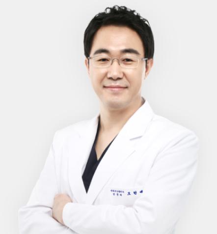 성형외과전문의 오현배 원장